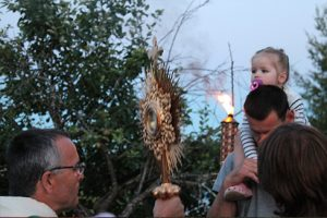 camping-enfant-procession